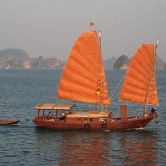 The Emerald Isles of Halong Bay & Lan Ha bay - Towering Limestone Isles